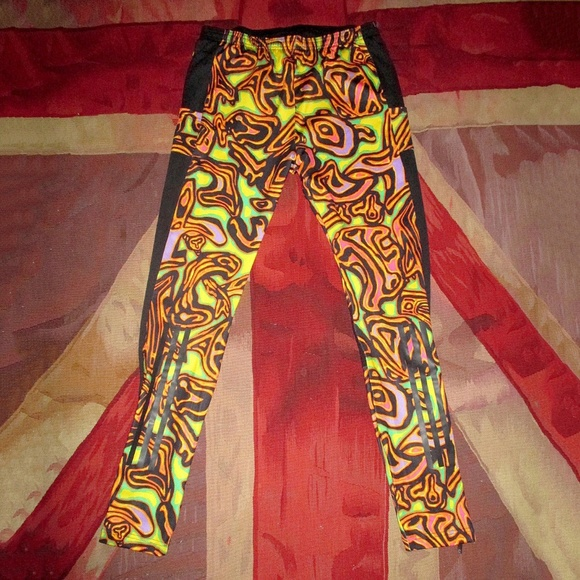 7660cf7840b28 Adidas Originals x Jeremy Scott Psychedelic tights